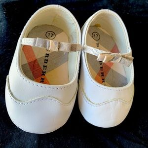 Babygirl dress shoes
